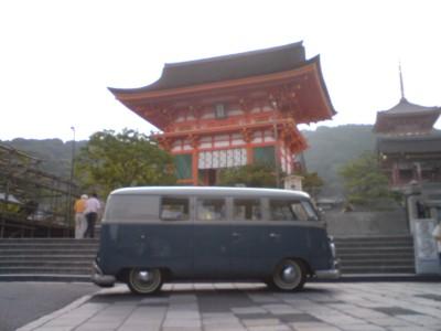 清水寺とバス